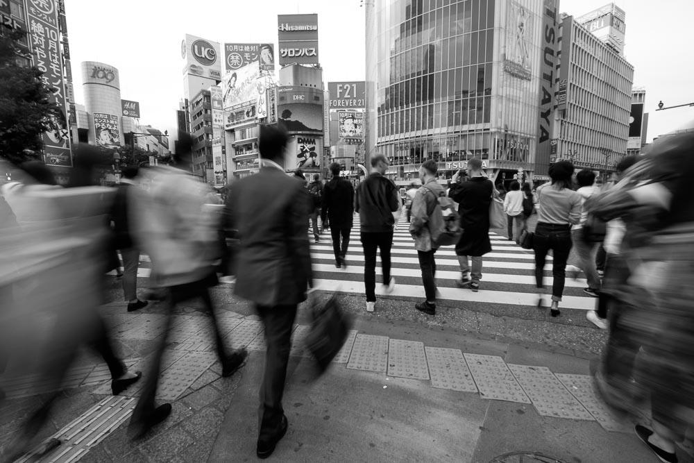 渋谷スクランブル交差点の歩行者